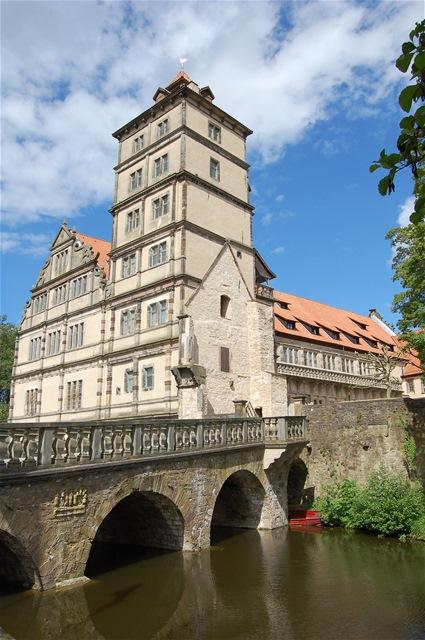 Schloss Brake – ein Wasserschloss der Weserrenaissance